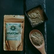 Kratom Maeng Da powder